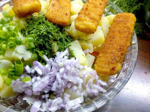 Kartoffelsalat_russisch_Fischstäbe