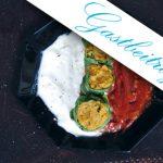 Kürbis-Mangold-Wickerl mit Minz-Joghurt-Dip und Tomaten-Relish