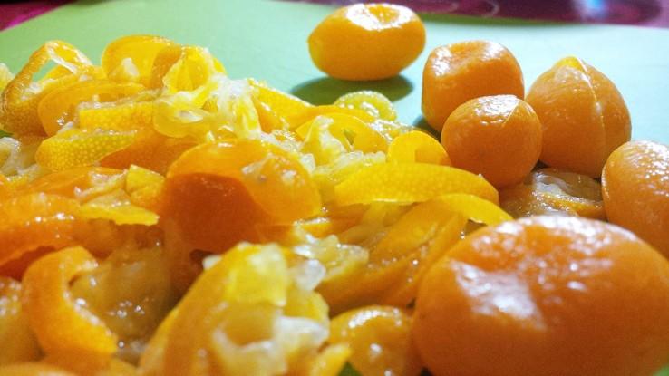Kumquats_geschnitten