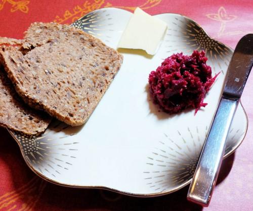 Aufstrich mit Brot