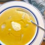 Schwarzwurzel-Kartoffelcremesuppe mit Meerrettichdip