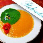 Kürbis-Suppe aus einem Hokkaido oder einem Butternut