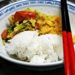 Crossover: Kokos-Wirsing mit gelben Linsen und Reis