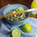 Salat aus saurer Mango und Ente